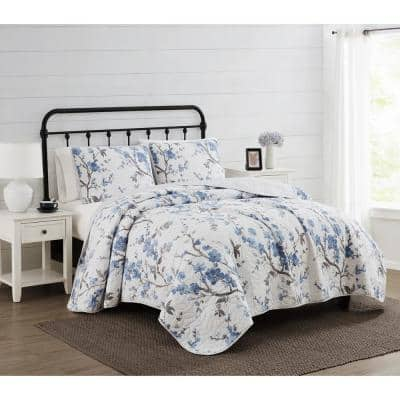 Kasumi White and Blue Floral King Microfiber Quilt Set