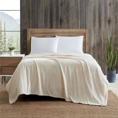 EB Ultra Soft 1-Piece White Plush Solid Plush Microfiber Twin Blanket