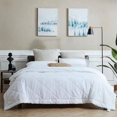White Microfiber Quilted AntiMicrobial King Size Comforter