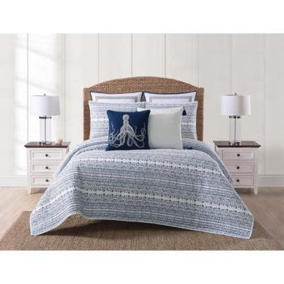 Reef 3-Piece White and Blue Full/Queen Quilt Set