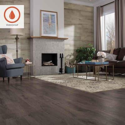 Outlast+ 7.48 in. W Thornbury Oak Waterproof Laminate Wood Flooring (1079.65 sq. ft./pallet)