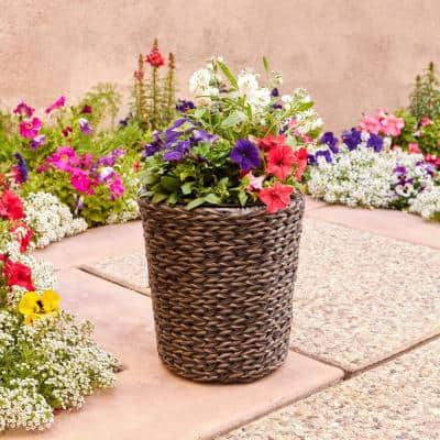 Laguna Point 12 in. Dia x 13 in. H Resin Wicker Round Planter with Liner
