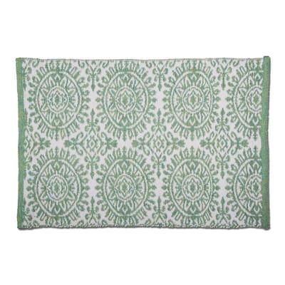 Mandala Green 2 ft. x 3 ft. Rectangular Indoor/Outdoor Area Rug